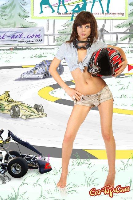 Байкерша в эротической фотосессии со шлемом - фото эротика